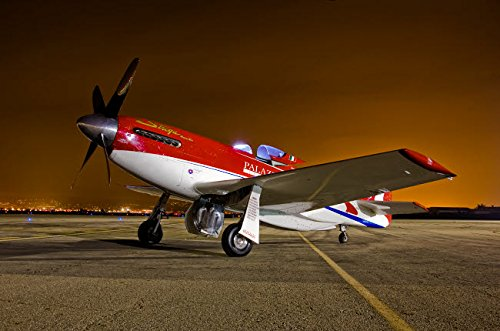 Posterazzi Poster Print Collection Strega a Highly Modified P-51D Mustang Racer Scott Germain/Stocktrek Images, (34 x 22), ()