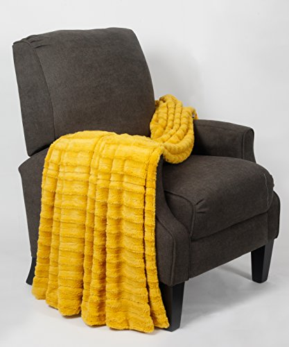 BOON Derby Double Sided Faux Fur Throw, 50' x 60', Lemon Curry