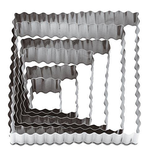(Paderno World Cuisine Square Fluted Dough Cutters, 6-Piece Set)