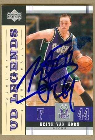 Keith Van Horn autographed Basketball Card (Milwaukee Bucks) 2004 ... 328b2d8df