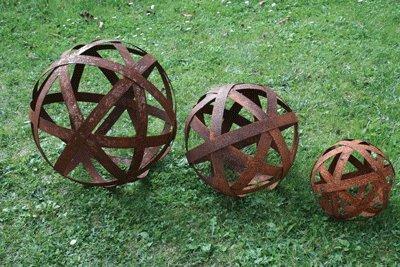 Edelrostkugel Kugel Metall 20 cm Eisen Rost terracotta-toepfe-de