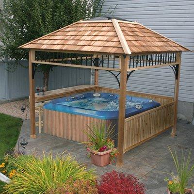 Naramata 9' x 9' Naramata Western Red Cedar Spa Shelter ()