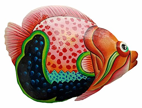 Hand-chiseled and Painted Tropical Metal Art Wall Decor Fish (Art Import)