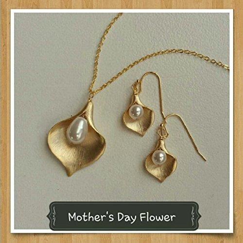 White and Gold Jewelry Calla Lily Jewelry Set Mother of Pearl Jewelry,White Jewelry Set,Mother of Pearl Earrings,Mother of Pearl Necklace