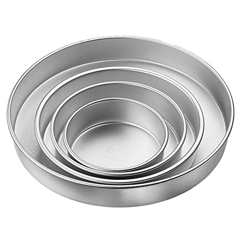 Wilton Performance Cake Pans Round Pan 4 Piece Set