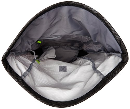 f24f66c848 Under Armour Unisex s 002 Roll Trance Sack Bags-Black