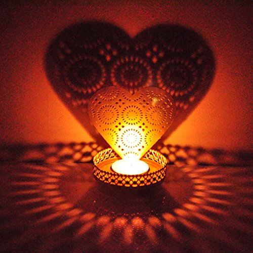 Hashcart Decorative Heart Shadow Tea Light Holder For Home Décor / Valentine Gift (Shadow And Light Candle)