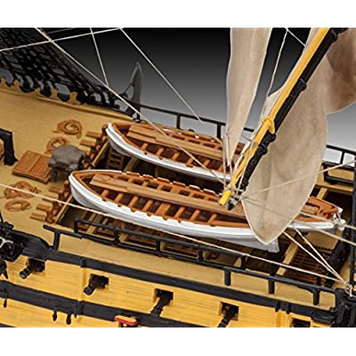 Revell H.M.S.Victory: Toys & Games