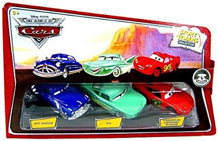 Amazon Com Disney Pixar Cars Movie 1 55 Die Cast Story Tellers Collection 3 Pack Doc Hudson Flo And Sponsorless Mcqueen Toys Games