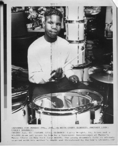 Drummer Larry Wright 1990 6x8 original WIRE PHOTO J6541 by Fabulous Hollywood Memories