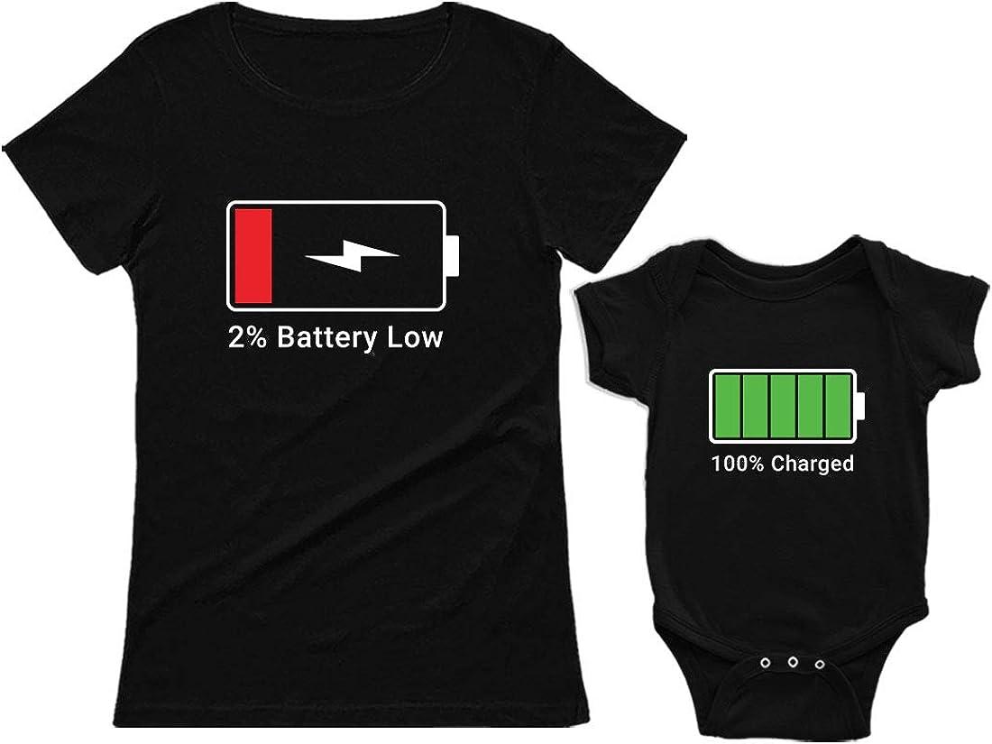 Green Turtle Ropa Mama Bebe, Regalo Mama Primeriza - Battery Charge Set Camiseta Mujer y Body bebé