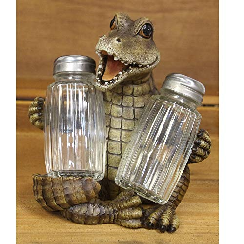 (Alligator Salt and Pepper Shaker Set)