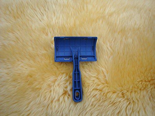 Huahoo Sheepskin Rug Brush And Cleaner Pet Slicker Brush