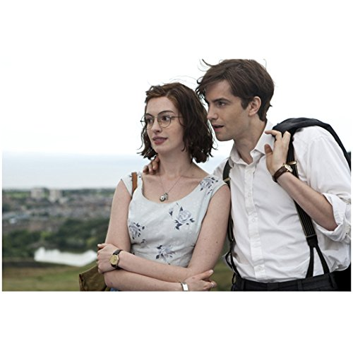 One Day (2011) 8 inch x 10 inch Photo Anne Hathaway Glasses & Jim Sturgess Outdoors ()