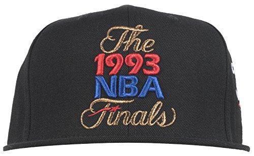 63629e3abb6 Mitchell   Ness Men s Chicago Bulls 1993 NBA Finals - Import It All