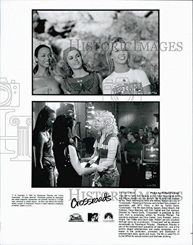 2002 Press Photo Zoe Saldana, Taryn Manning, Britney Spears in - Saldana Crossroads Zoe