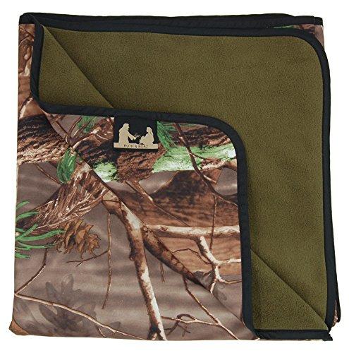Ruth Boaz Fleece Outdoor Waterproof Windproof Camo Blanket