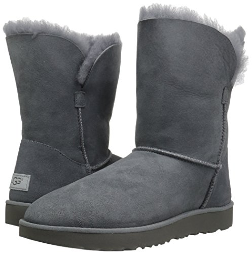 Pictures of UGG Women's Classic Cuff Short Winter Boot Red Clay 4