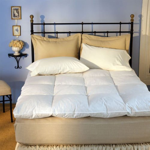 Luxurious Baffle Box 230 Thread Count White Goose Featherbed - Queen Enjoy this Goose Down Filled Featherbed Bedding.