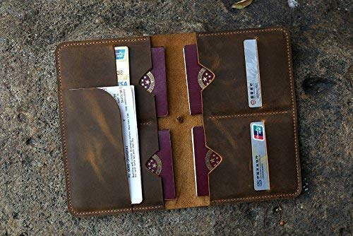 4cf7dd6da86d Personalized distressed leather family passport holder case organizer  Leather family 4 passport travel wallet cover case FP405SL  Amazon.co.uk   Handmade