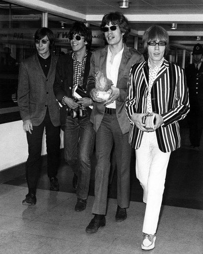 The Rolling Stones Mick Keith group London airport for U.S. Tour 1966 16x20 - Airport London Shops