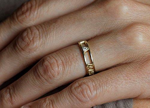 14k Gold Wedding Band, Roman Numerals Ring, Anniversary Ring, Trillion Diamond Ring, Trillion Diamond Band, Customized Wedding band (Anniversary Rings Numeral Roman)