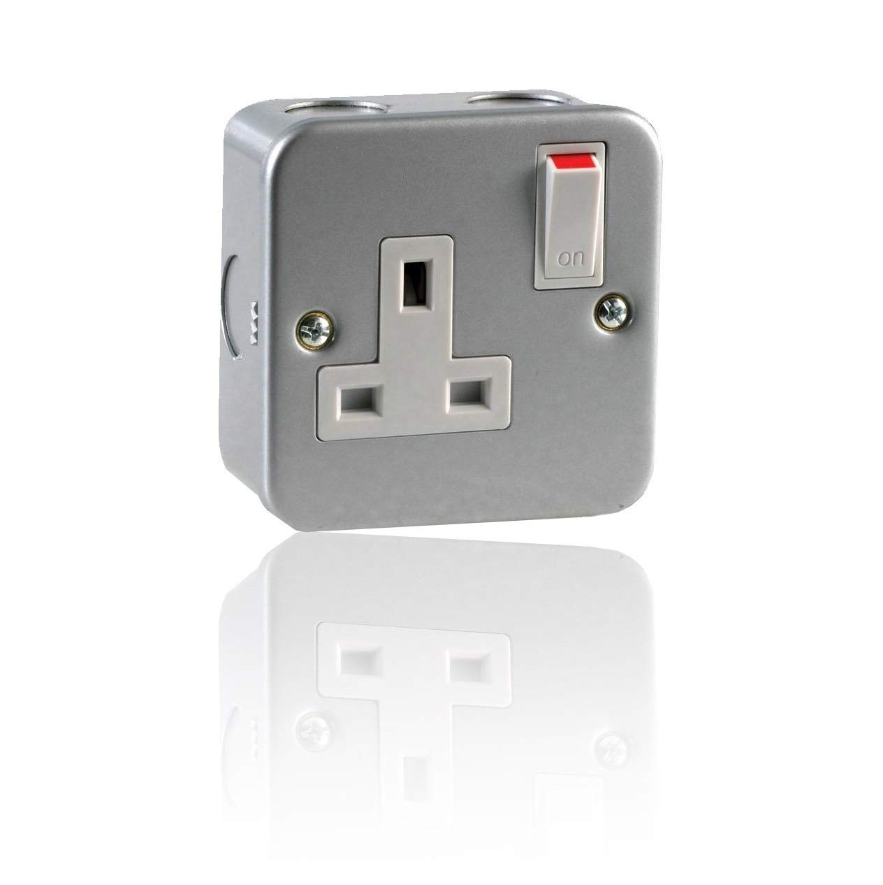 ELECTRICAL METAL CLAD SWITCHES AND SOCKETS GARAGE WORKSHOP GARDEN SOCKETS