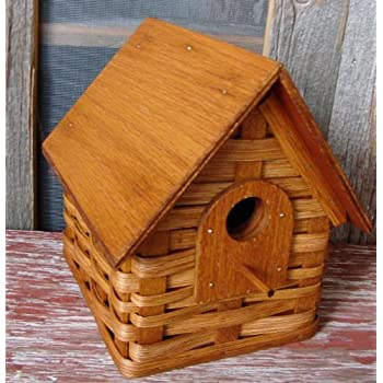 Amazon Com Birdhouse Basket Woven With Wood Roof