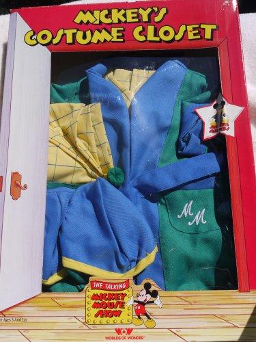 Sorcerer Apprentice Costume (Worlds of Wonder Mickey's Costume Closet - Talking Mickey Mouse SLUMBER SLEEPERS (1986))