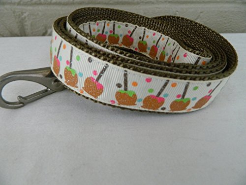Schmoopsie Couture Caramel Apples on Beige Dog Leash (1
