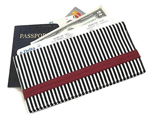 Passport Holder and Boarding Pass Wallet to Organize Travel in Black Striped Fabric
