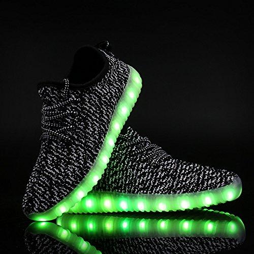 LEADFAS LED Schuhe, 7 Farben leuchten Sneaker Unisex Männer Frauen Sport Outdoor sportlich USB Lade Trainer für Thanksgiving Day Party Weihnachten Halloween Geschenk Jungen Gilrs LED Sneaker Schwarz