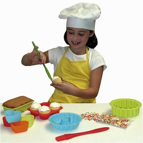 10 Piece The Little Cook Silicone Bakeware Set Sassafras 22225