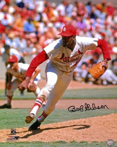 Bob Gibson Autographed St. Louis Cardinals 8x10 Photo #1 - Home Pitching (Bob Gibson Memorabilia)