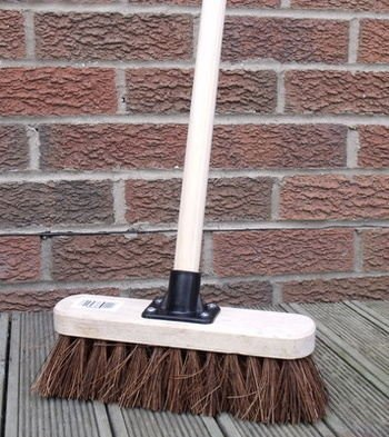 10' Stiff Sweeping Yard Brush, Natural Hard Broom Stiff Brush with Handle