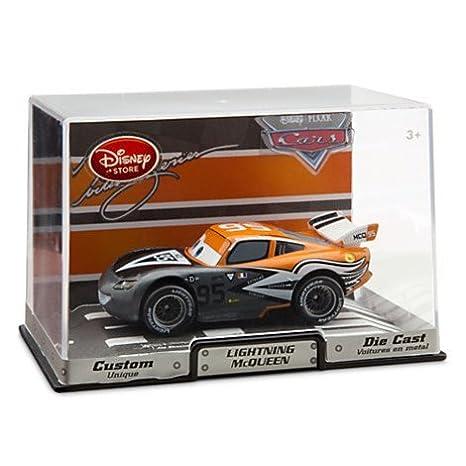 Disney Cars 1/43 troquel del coche del molde serie del artista Rayo McQueen aviador