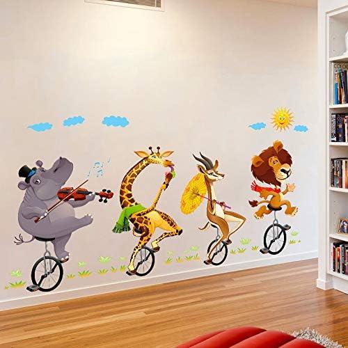 Elefante de dibujos animados, jirafa del león, montar en bicicleta ...