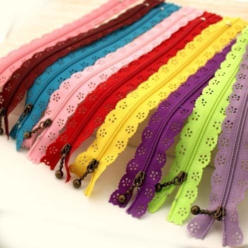 YEQIN random color 20pcs/lot 30cm 12 inch DIY nylon zippers lace nylon finish zipper for sewing wedding (Sewing Zipper)