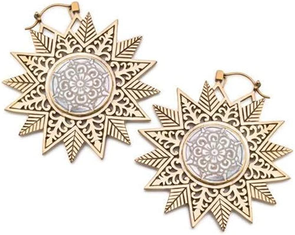 18g Star-Shaped Brass Earring with Mother of Pearl Filigree Inlay /— Price Per 2
