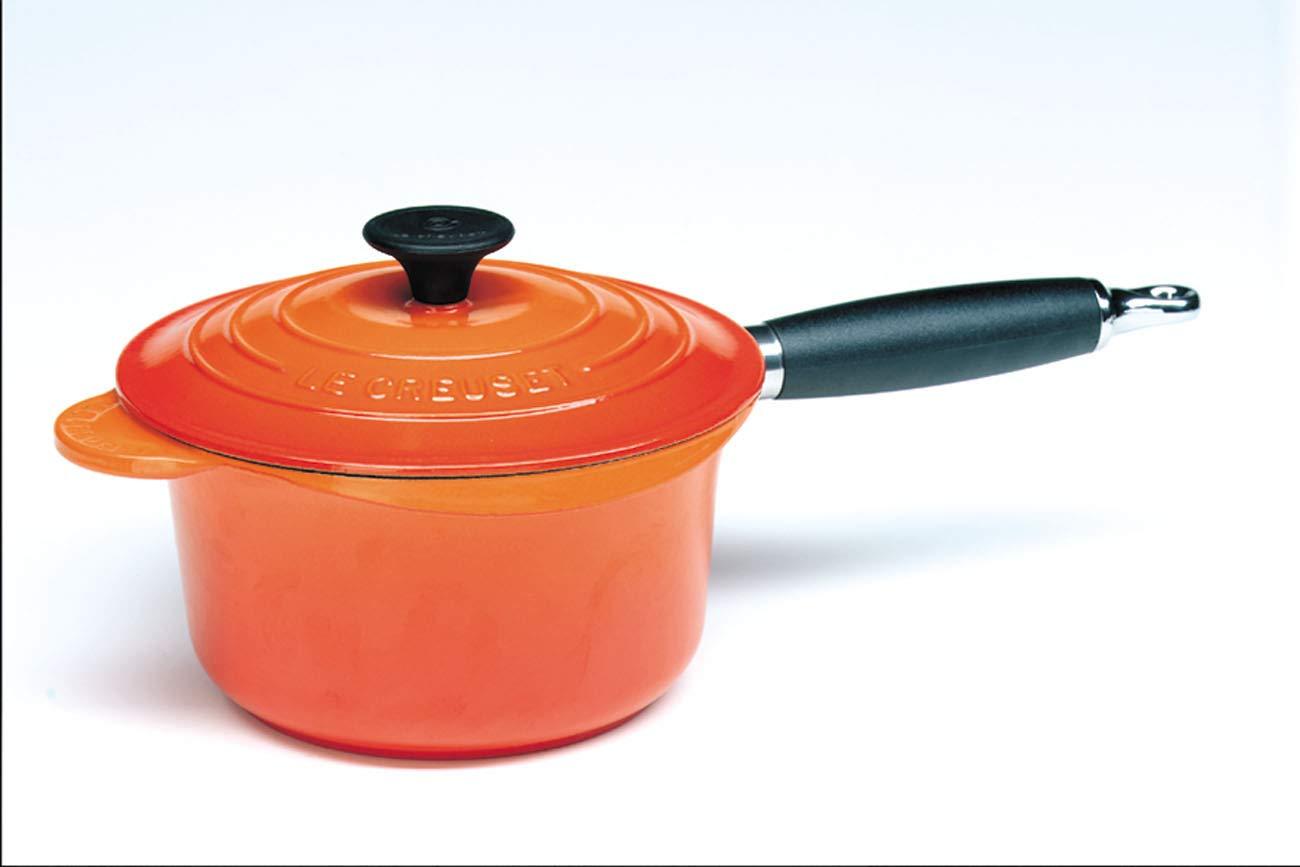 Le Creuset - Cazo vertedor con tapa de hierro colado esmaltado, 18 cm, color