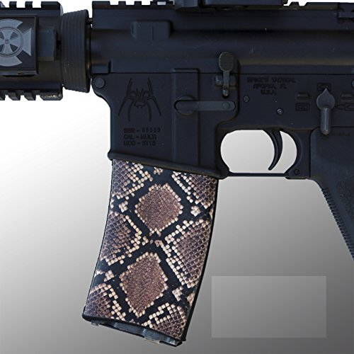 ultimate-arms-gear-ar-mag-cover-socs-for-30-40rd-polymer-pmag-mags-diamondback-pattern-camo-camoufla