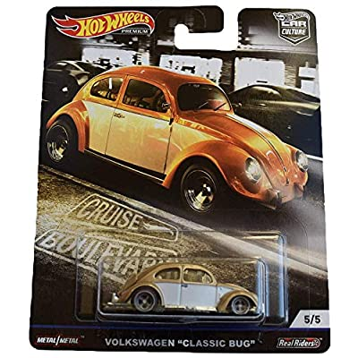 Hot Wheels Car Culture Cruise Boulevard Volkswagen Classic Bug 5/5, Gold/White: Toys & Games
