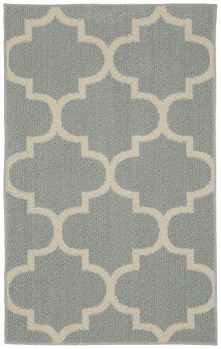 Garland Rug Large Quatrefoil Area Rug, 30 x 46