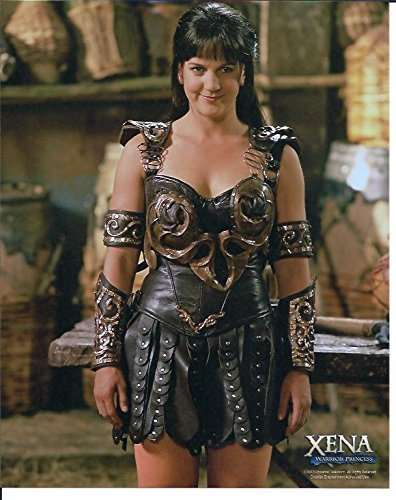 [Xena Warrior Princess Renee O'Connor Photo in Xena costume & black wig] (Hercules Costume Kevin Sorbo)