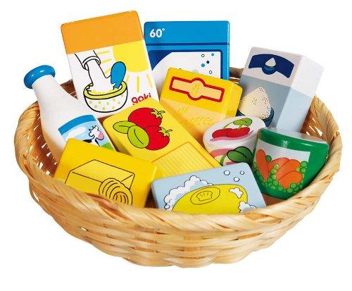 Goki Lebensmittel und Haushaltswaren im Korb