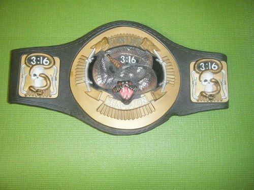 Jakks Pacific WWE Wrestling Snake Belt Stone Cold Steve Austin (Mask Stone Austin Steve Cold)