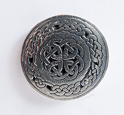 Celtic Round Knotwork Pewter Pin Badge Hand Made in Cornwall