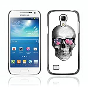 Designer Depo Hard Protection Case for Samsung Galaxy S4 Mini / Hipster Glasses Cool Skull