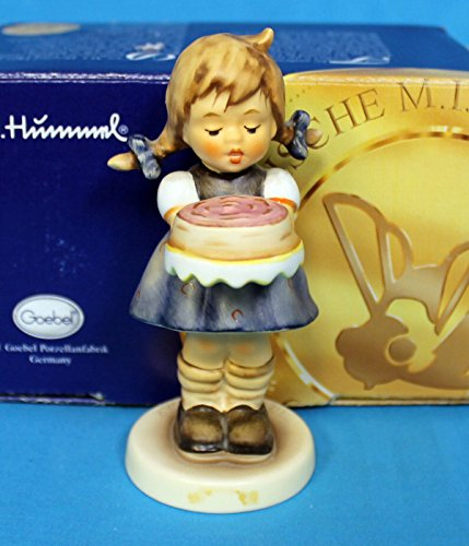 """M I Hummel ** Sweet As Can Be 4.12"""" ** Hum 541"""