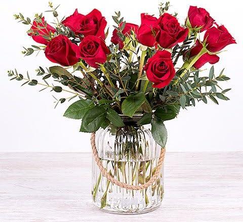 Fiori 24 Ore.Fiori Freschi Florachic 12 Rose Rosse Con Vaso Invio Gratis In